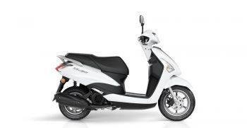 2018-Yamaha-D'elight-125-EU-Milky-White-Studio-002