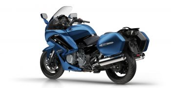 2018-Yamaha-FJR1300AE-EU-Phantom_Blue-360-Degrees-018_Tablet