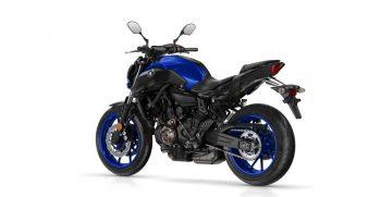 2018-Yamaha-MT-07-EU-Yamaha-Blue-Studio-005