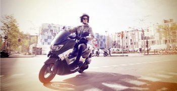 2018-Yamaha-NMAX-EU-Matt-Grey-Action-002