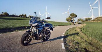 2018-Yamaha-Tracer-700-EU-Phantom-Blue-Static-004