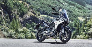 2018-Yamaha-Tracer-900-EU-Nimbus-Grey-Static-001