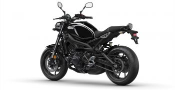 2018-Yamaha-XSR900-EU-Midnight-Black-Studio-005