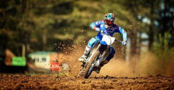 2018-Yamaha-YZ250F-EU-Racing-Blue-Action-003