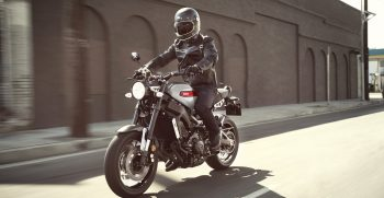 2019-Yamaha-XS850-EU-Matt_Grey-Action-004