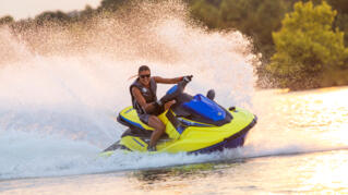 2020-Yamaha-EXR-EU-Lime_Yellow_with_Azure_Blue-Action-002-03_Thumbnail