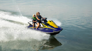 2020-Yamaha-VXDELUXE-EU-Yacht_Blue_with_Lime_Yellow-Action-001-03_Thumbnail