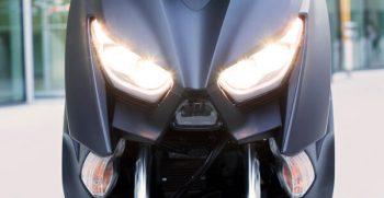 2020-Yamaha-XMAX400-EU-Detail-005-03_Mobile