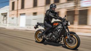 2020-Yamaha-XS850-EU-80_Black-Action-003-03_Thumbnail
