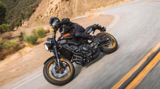 2020-Yamaha-XS850-EU-80_Black-Action-005-03_Thumbnail