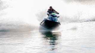2021-Yamaha-GP1800RSVHO-EU-Blue-Action-007-03_Thumbnail