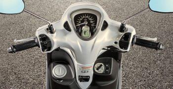 2021-Yamaha-LTS125-EU-Detail-001-03