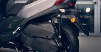 2021-Yamaha-MW300-EU-Detail-002-03
