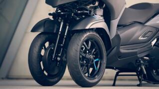 2021-Yamaha-MW300-EU-Detail-004-03_Thumbnail