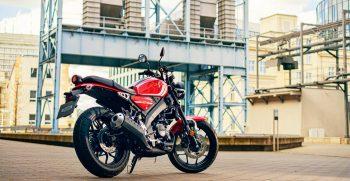 2021-Yamaha-XS125-EU-Redline-Static-004-03