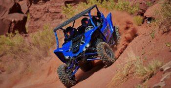 2021-Yamaha-YXZ1000ESS-EU-Racing_Blue-Action-004-03
