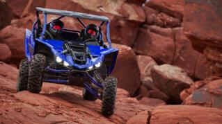 2021-Yamaha-YXZ1000ESS-EU-Racing_Blue-Action-005-03_Thumbnail