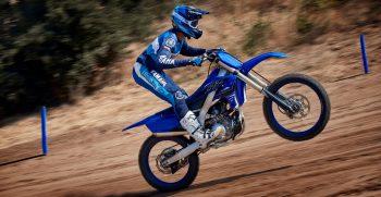 2021-Yamaha-YZ250F-EU-Icon_Blue-Action-004-03