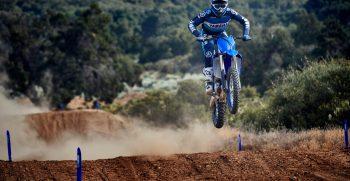 2021-Yamaha-YZ250F-EU-Icon_Blue-Action-008-03
