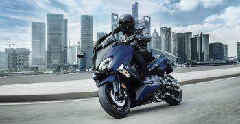 2019-Yamaha-XP500SXSE-EU-Phantom_Blue-Action-003-03