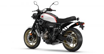 2019-Yamaha-XS700SCR-EU-Tech_Black-360-Degrees-018_Tablet