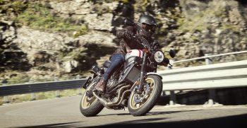 2019-Yamaha-XS700SCR-EU-Tech_Black-Action-002-03