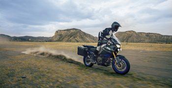 2019-Yamaha-XTZ1200ZESV-EU-Ice_Fluo-Action-005-03