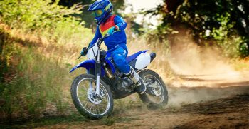 2021-Yamaha-TTR125LWE-EU-Icon_Blue-Action-005-03