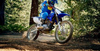 2021-Yamaha-TTR125LWE-EU-Icon_Blue-Action-006-03