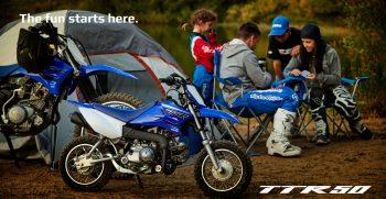 2021-Yamaha-TTR50-EU-Icon_Blue-Keyvisual-001-04