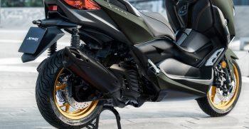 2021-Yamaha-XMAX125ASP-EU-Detail-012-03
