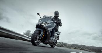 2021-Yamaha-XP500ADXSV-EU-Tech_Graphite-Static-016-03