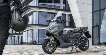2021-Yamaha-XP500ADXSV-EU-Tech_Graphite-Static-021-03